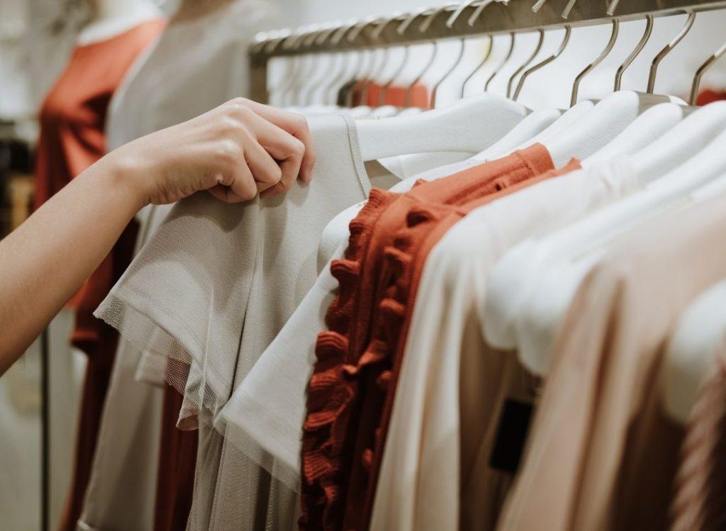 wybieranie ubrań